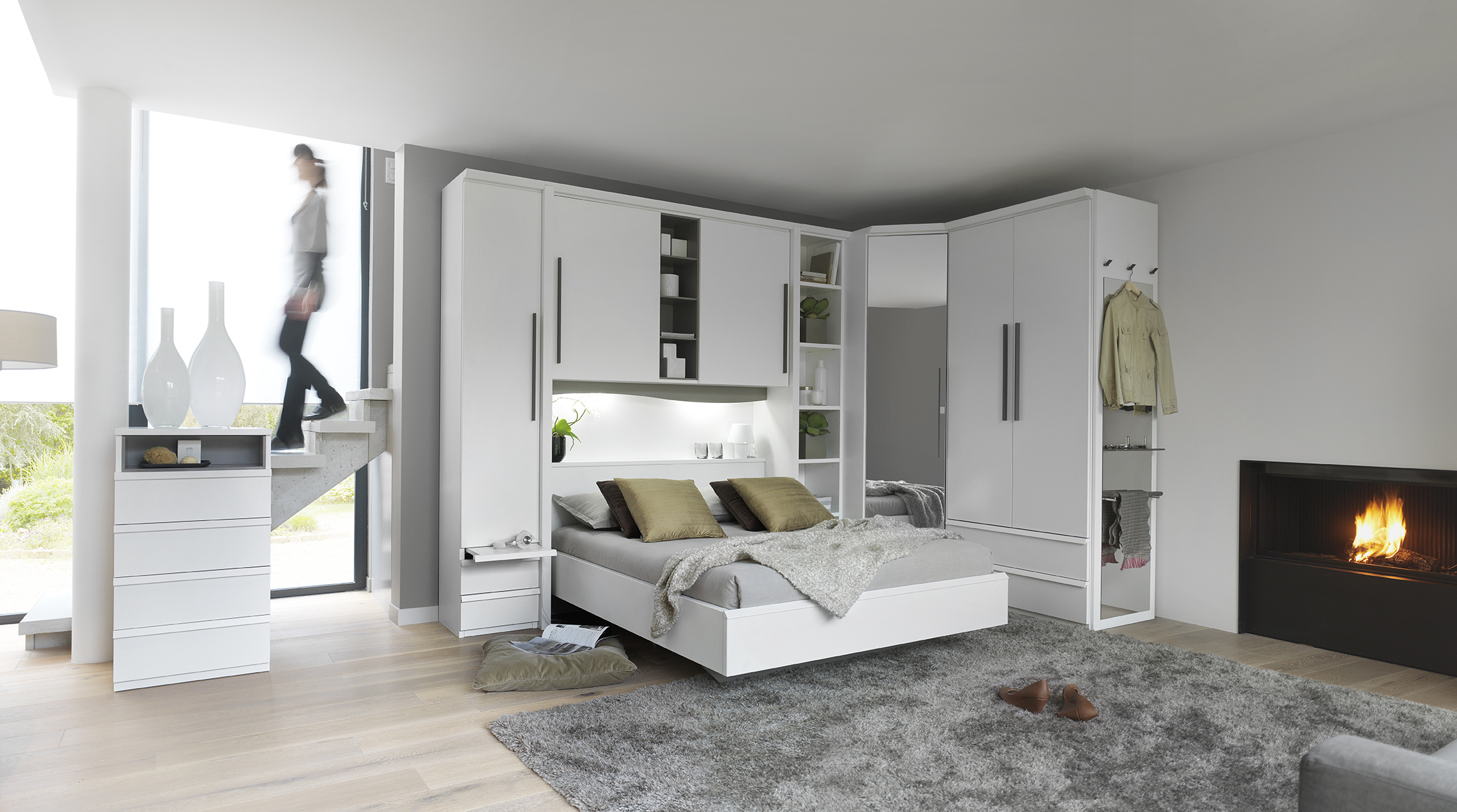 celio. Black Bedroom Furniture Sets. Home Design Ideas
